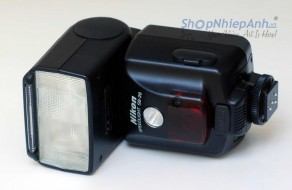 Flash Nikon SB28