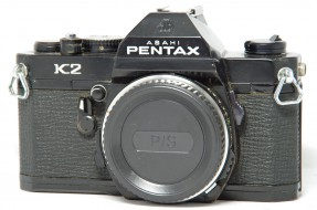 body Asahi Pentax K2 trưng bày
