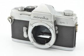body Minolta SR-1 trưng bày
