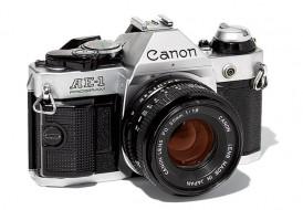 Canon AE-1 program và lens 50