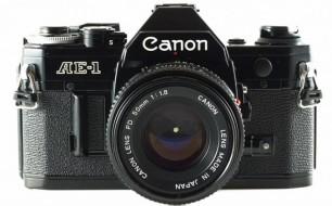 Canon AE-1 và lens 50