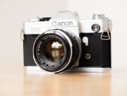 Combo Canon FX và lens 50f1.8