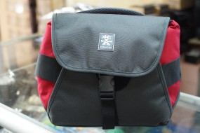 Crumpler 5 million dollar home red black