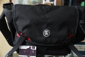 Crumpler 7 Million Dollar Home Black Red