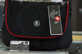 Crumpler cupcake 7500 original Black red