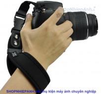 Dây đeo cổ tay quick strap JJC đen