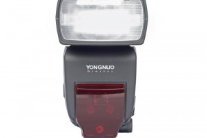 Flash Yongnuo 685 for canon
