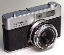 Konica ee matic deluxe 2 trưng bày
