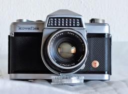 Kowaflex model E (lens 50mm F2)