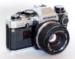 Olympus OM-10 và lens 50f1.8