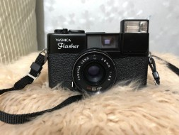 Yashica Flasher (lens 38mm f2.8)